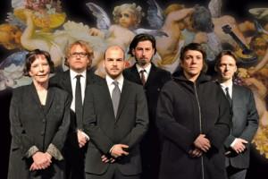 """""""Versammlung unter Engeln"""" - Kabinetttheater & Ensemble Zum fidelen Bock - Foto: Lena Appl"""